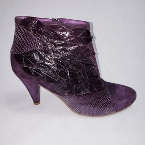 Jeffrey Campbell Pila Purple Suede Leaf Boots